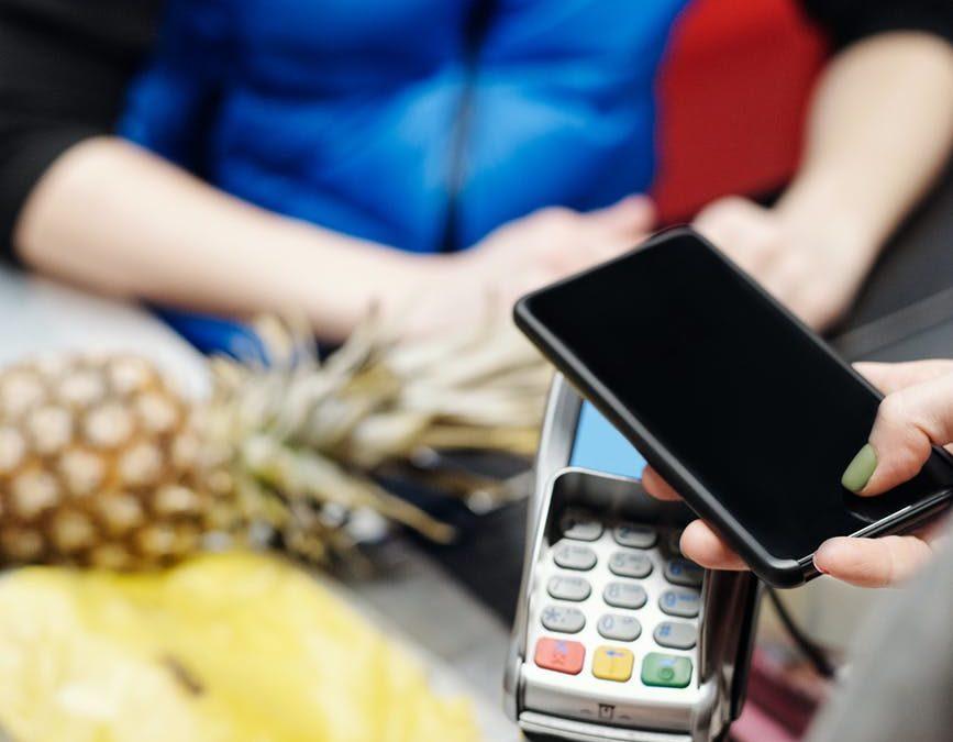 Pembayaran digital untuk kebutuhan sehari-hari mulai diterapkan di negara Swedia dan Kanada