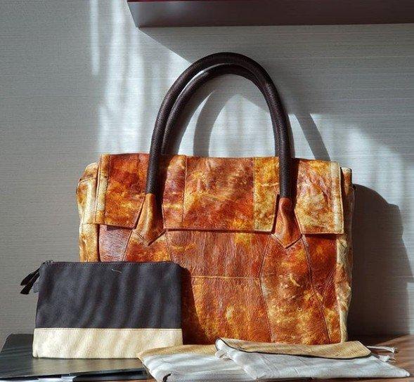 Produk fashion dari material mycotech yang ramah lingkungan