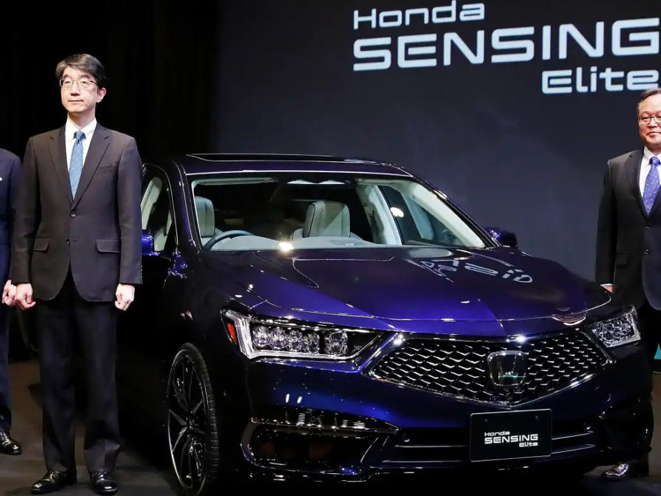 Mobil-Autopilot-Honda