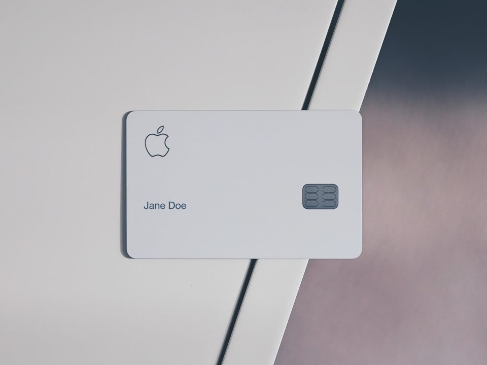 Apple-Card-Family
